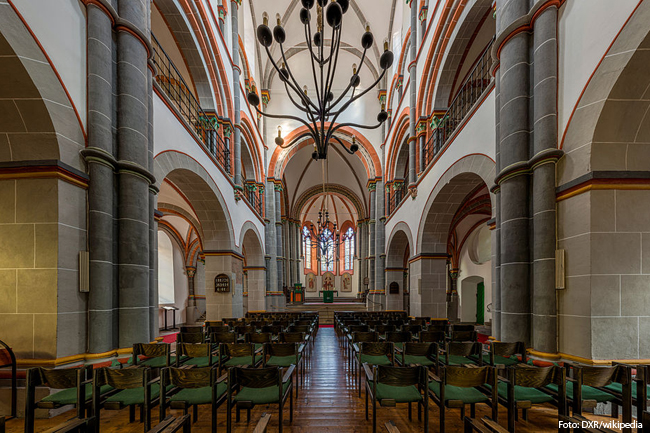 St Peter Bacharach Nave 20141015 1